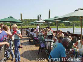 Little River Waterfront - Crab Catchers deck